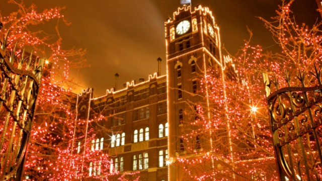 Anheuser Busch Christmas Lights 2019 Tour the Anheuser Busch Brewery Lights and Beer Museum