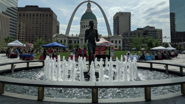 Support St. Louis Attractions